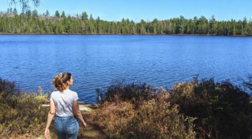 Comment camper presque gratuitement et sans réservation en pleine nature au Québec